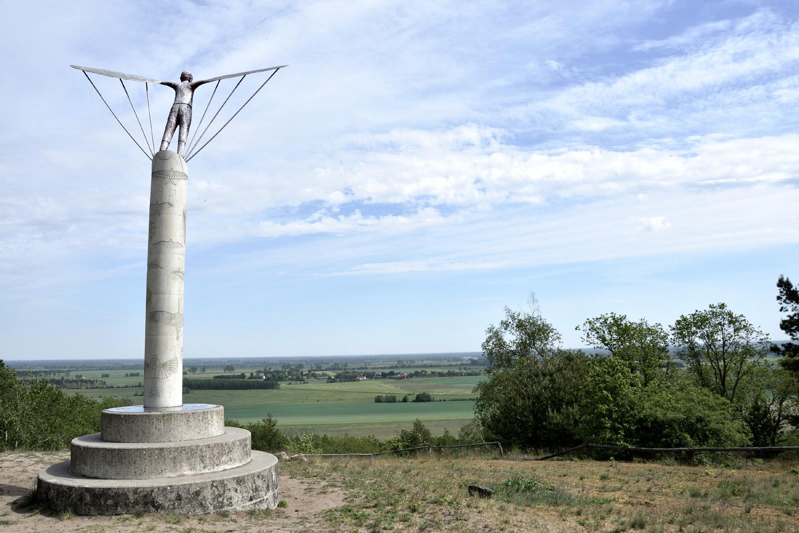 Windharfe auf dem Gollenberg in Stölln